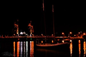 LPS-bb-nightview-bridge