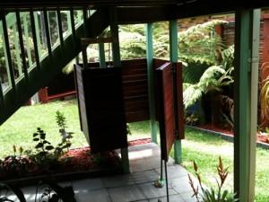 LPS-outdoor-shower